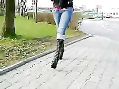 blod girl walking in sexy platform boots