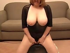 extremely strong orgasm on sybian